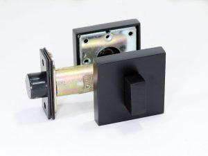magnetic snib latch